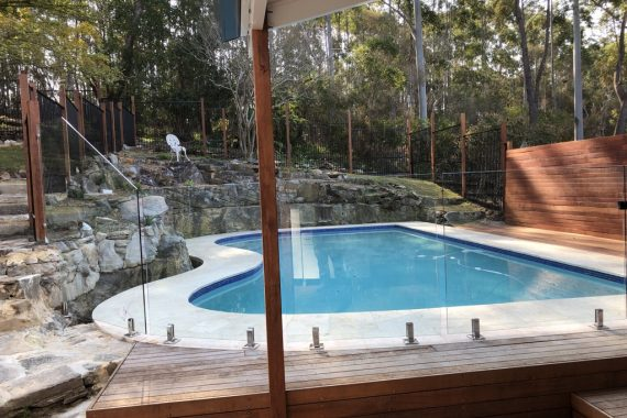 toyo group pool fencing