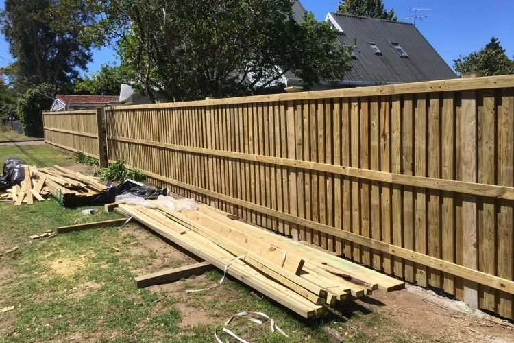 Professional and executive fencing contractors in Sydney and western suburbs