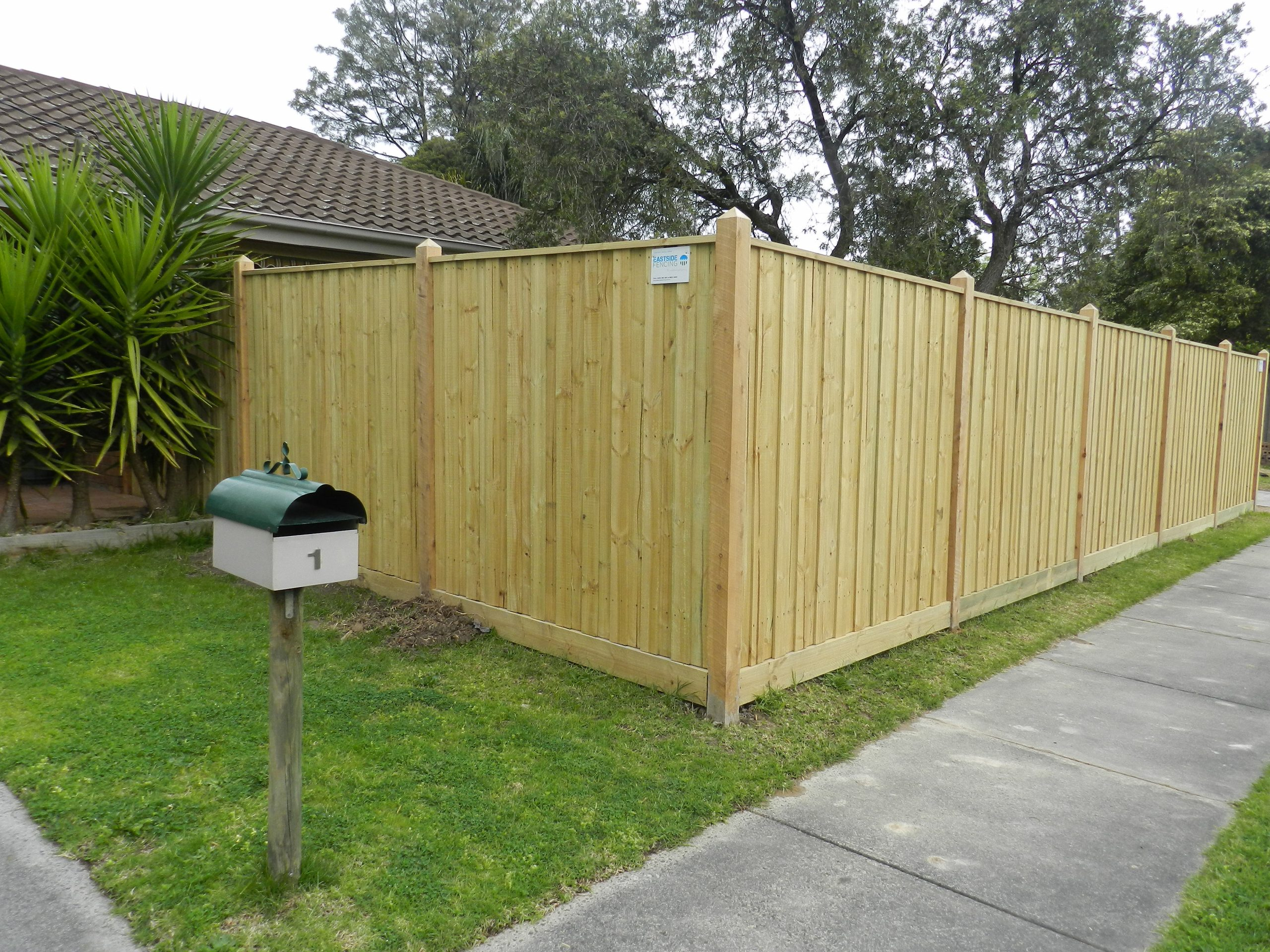 Timber fence palings in Sydney have the solution to all of your fencing projects