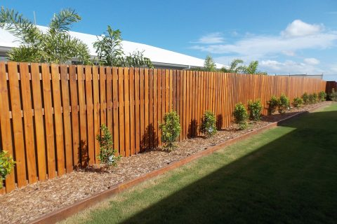 Are you trying to find timber fencing supplies in Sydney prices?