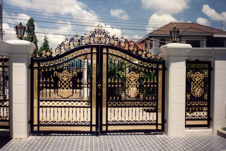 The art of working with wrought iron gates Sydney