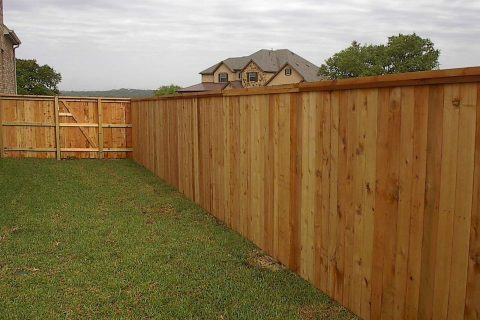 How much does wood fence installation cost?