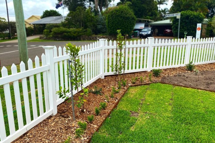 Fencing lower North Shore with high-quality materials